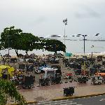  Market at the Beira Mar in progress