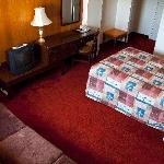  A single room. Fully furnished, including the most comfortable couch you&#39;ll ever sit on.