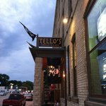 Tellos Grill & Cafe