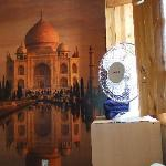 I stayed in the Indian room wit a wallpaper of the Taj Mahal