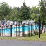  heated pool - VERY nice and well maintained