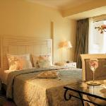  Classical Guestroom