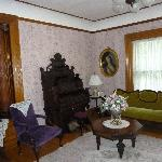 Cornerstone Victorian Bed & Breakfast resmi