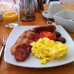 "La ""Asperion English Breakfast"""