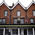 The Castle & Ball Hotel Marlborough