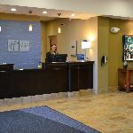 Holiday Inn Express & Suites Northwood resmi