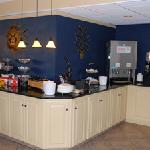 Best Western Winners Circle Inn Breakfast Buffet