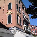 Hotel Cristallo