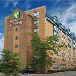  Welcome to the Holiday Inn Express Toronto North York