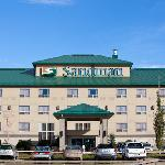 Sandman Hotel &amp; Suites, Calgary Airport