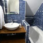 salle de bain Train bleu - Blue train bathroom
