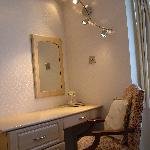 Dressing table in Superior Room