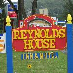 Foto de Reynolds House Inn & Motel
