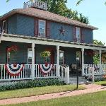 ‪Applesauce Inn Bed & Breakfast‬