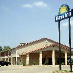 Days Inn Bastrop (4102 Hwy 71 E )