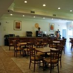 Фотография La Quinta Inn & Suites Houston Channelview