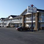 ‪Best Canadian Motor Inn‬
