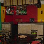 Kingz Plaza - Bar Restaurant