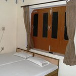Subh Laxmi Paying Guest House