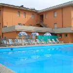  piscina hotel trasimeno