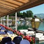  Terras van Hotel Seerose, Faulensee.