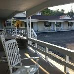 Φωτογραφία: Longhouse Lodge Motel