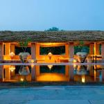 The Pool House - Laid Back Central