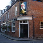The Wykeham Arms resmi
