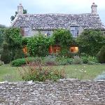 صورة فوتوغرافية لـ ‪Yew Tree Cottage Bed and Breakfast‬