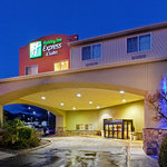 Welcome To Holiday Inn Express Canyonville