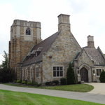 Main Homewood Cemetery building, at Dallas entrance
