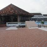 Elmina Beach Resort resmi