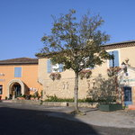  l&#39;auberge, faade principale