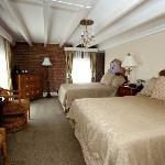 French Market Inn - Two Beds