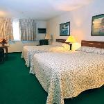 Shilo Inns Coeutr d'Alene Double Queen Suite
