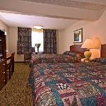 Shilo Inns Helena Hotel Double Queen Suite