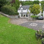  Bridgend nestles beside the village green and right beside the Great Glen Way trail.