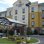Front of Comfort Inn, Athens, TN