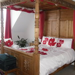 Blickling four poster room