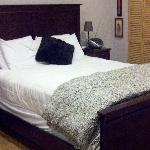  Carriage House bed