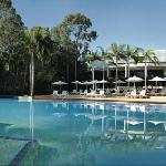 Superb leisure facilities include 9 swimming pools, an 18-hole golf course that is home to the A