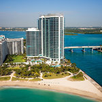 ‪One Bal Harbour Resort & Spa‬