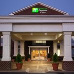 ‪Holiday Inn Express Hotel & Suites Warrenton‬