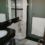 Country Inn Hotel Haridwar Toilette