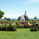 Leif Erickson Park & Rose Garden