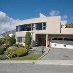 Photo of Lake Vista Bed &amp; Breakfast Queenstown