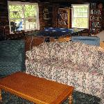 Foto de Log Cabin Inn
