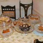  Cakes in the tea-room!