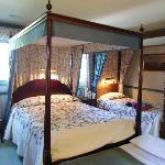 Four-poster beds in the rooms