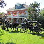 Green Woods Inn